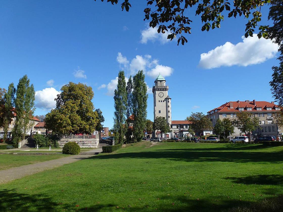 Frohnau-Ludolfingerplatz